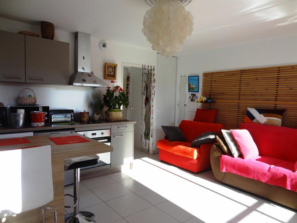 Appartement à louer 1 29m2 à La Grande-Motte vignette-1
