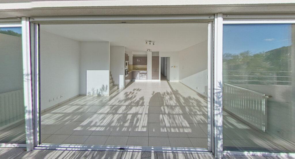Appartement à louer 4 90m2 à La Grande-Motte vignette-2
