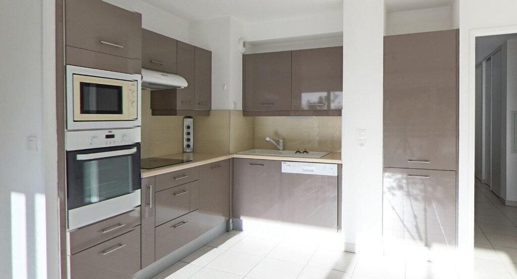 Appartement à louer 4 90m2 à La Grande-Motte vignette-3