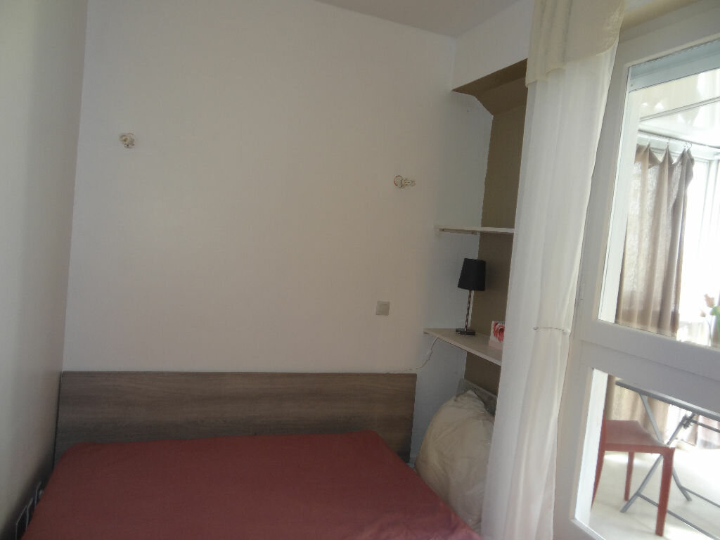 Appartement à louer 2 32m2 à La Grande-Motte vignette-5