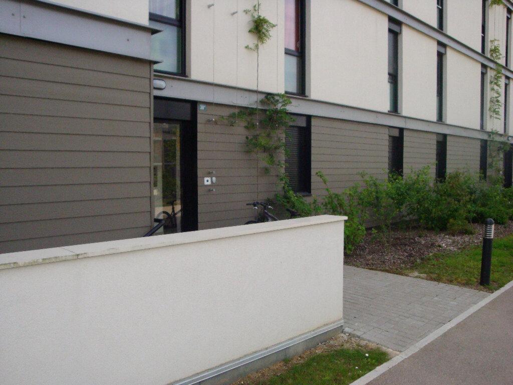 Appartement à louer 3 70m2 à Montévrain vignette-6