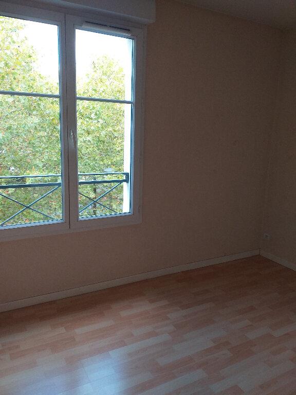Appartement à louer 3 60.37m2 à Bussy-Saint-Georges vignette-4