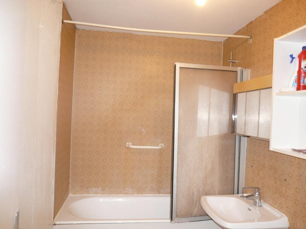 Appartement à louer 1 38.94m2 à Champs-sur-Marne vignette-3
