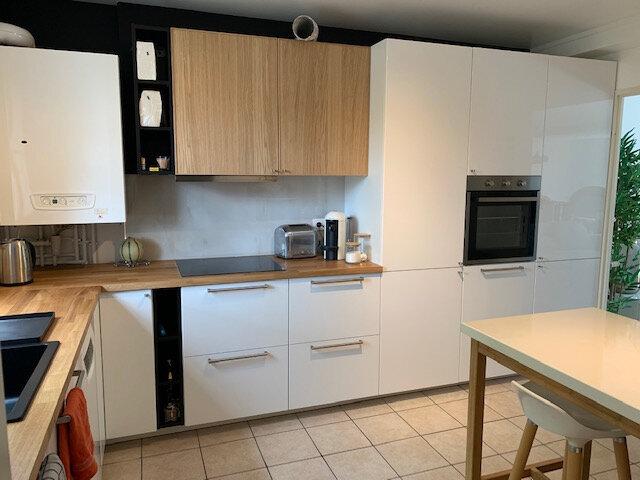 Maison à louer 6 140.79m2 à Bussy-Saint-Georges vignette-5