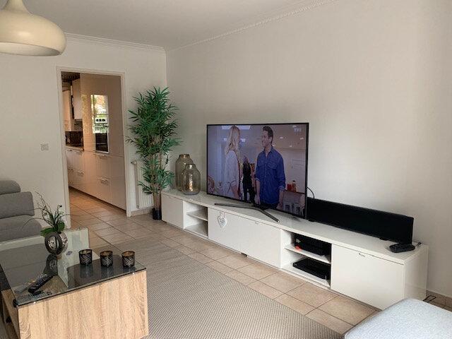 Maison à louer 6 140.79m2 à Bussy-Saint-Georges vignette-6