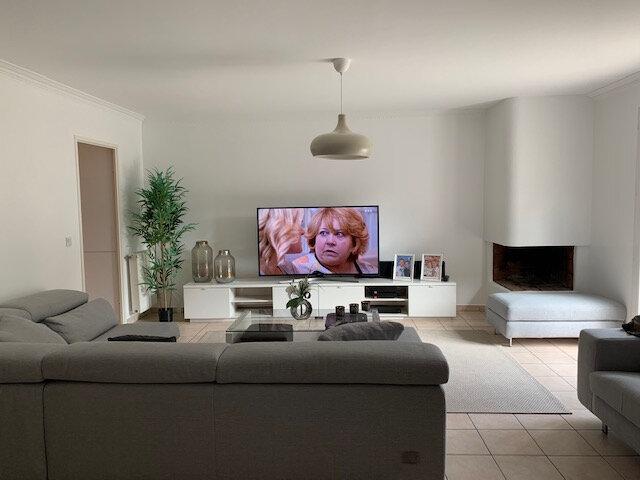 Maison à louer 6 140.79m2 à Bussy-Saint-Georges vignette-7