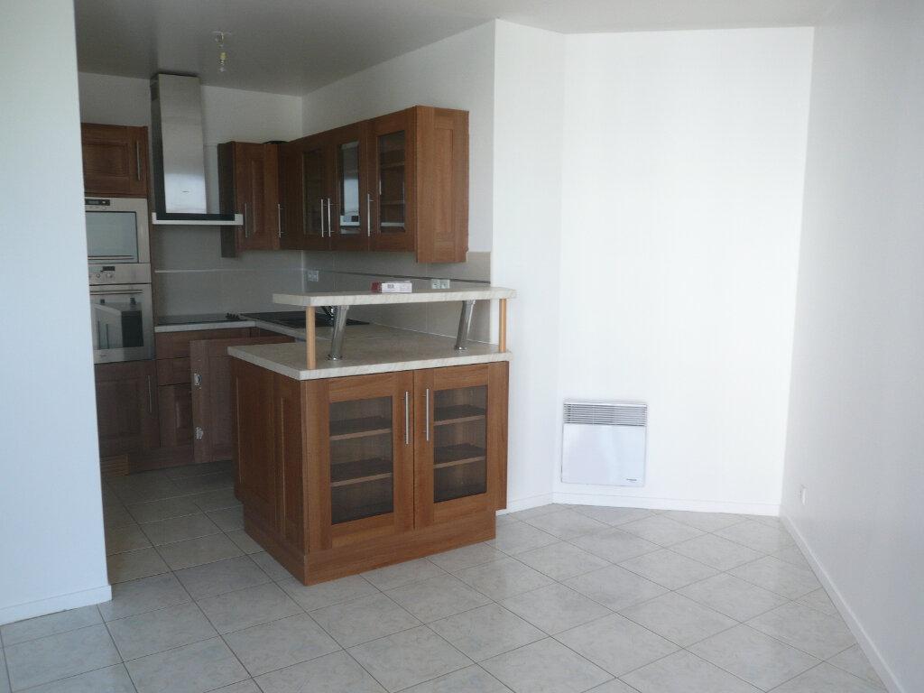 Appartement à louer 2 42m2 à Bussy-Saint-Georges vignette-6