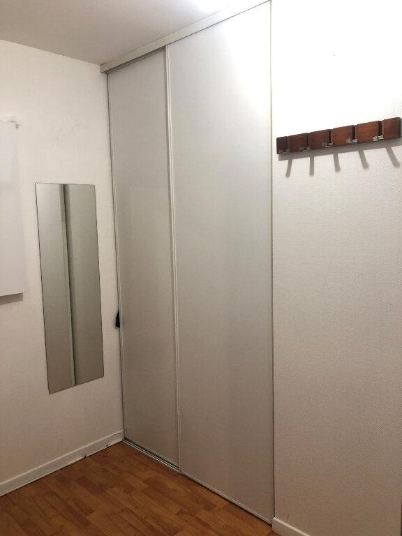 Appartement à louer 2 42.7m2 à Bussy-Saint-Georges vignette-4
