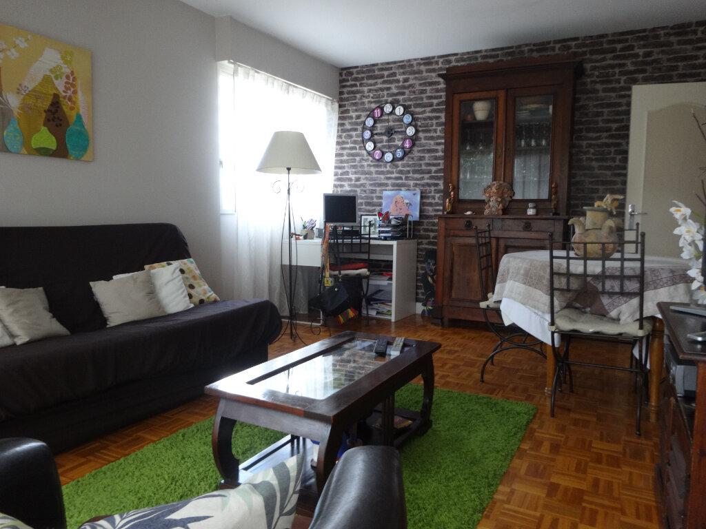 Appartement à vendre 3 65.77m2 à Pontoise vignette-3