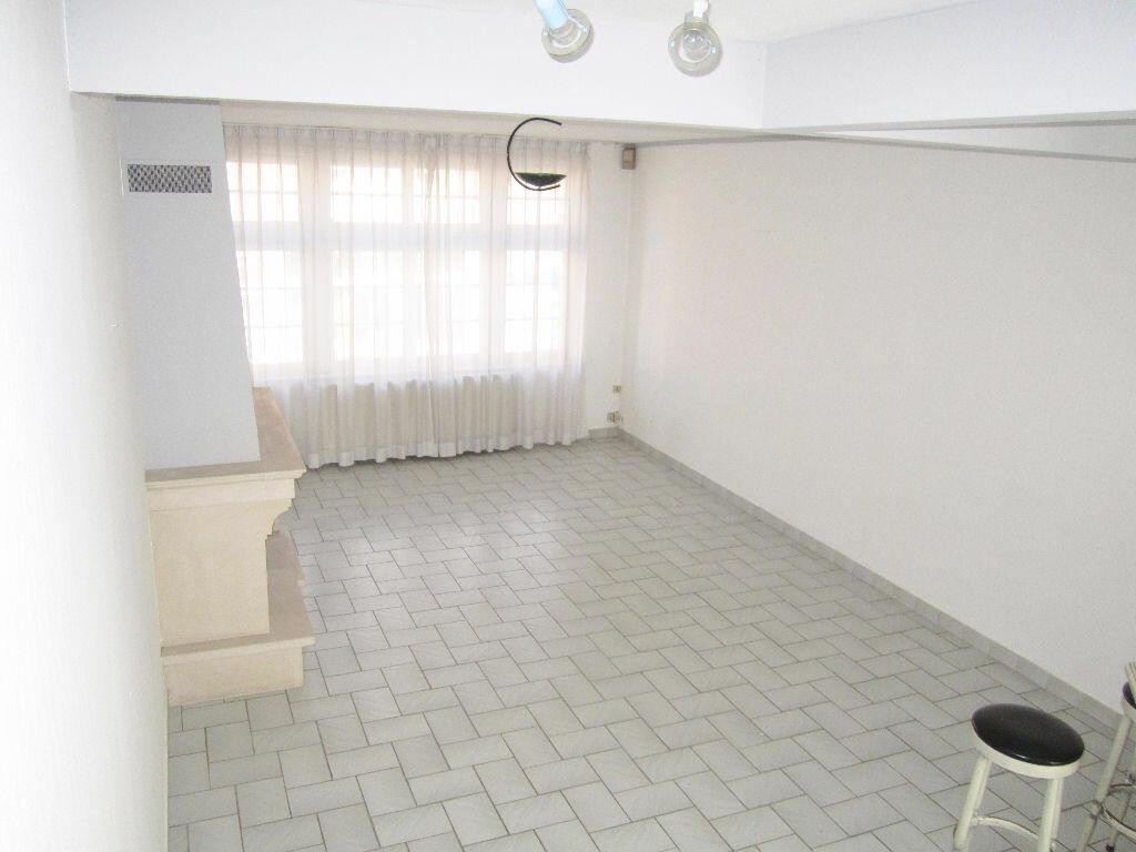 Appartement à louer 3 70m2 à Armentières vignette-3