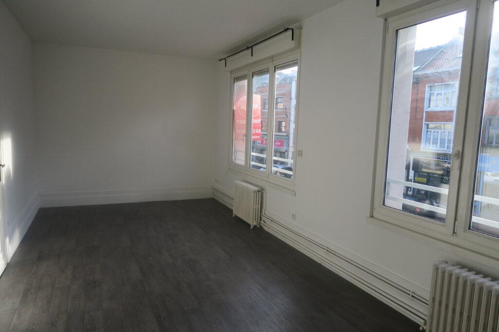 Appartement à louer 4 87m2 à Armentières vignette-1