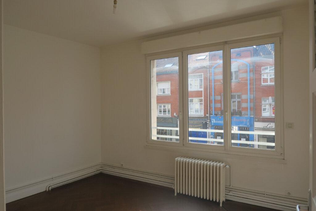 Appartement à louer 4 87m2 à Armentières vignette-3