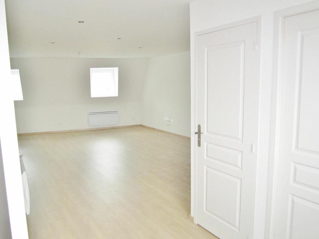 Appartement à louer 3 63m2 à Armentières vignette-2