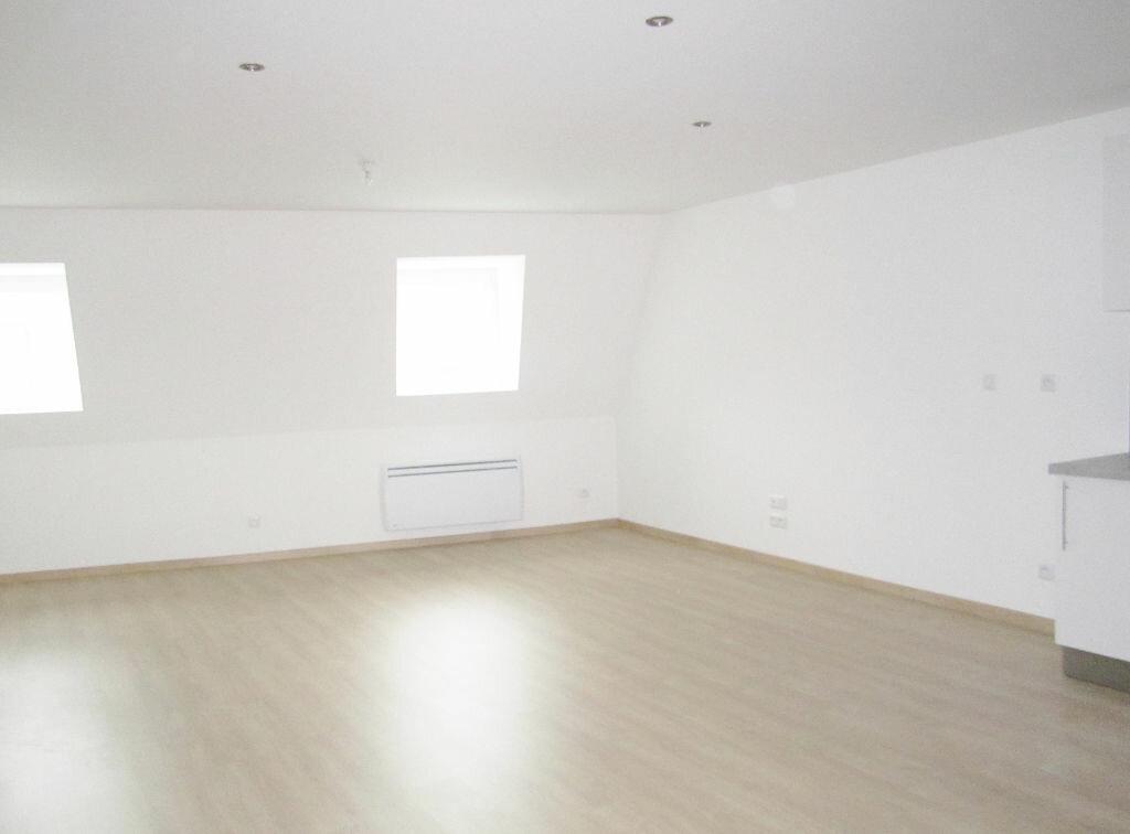 Appartement à louer 3 63m2 à Armentières vignette-3