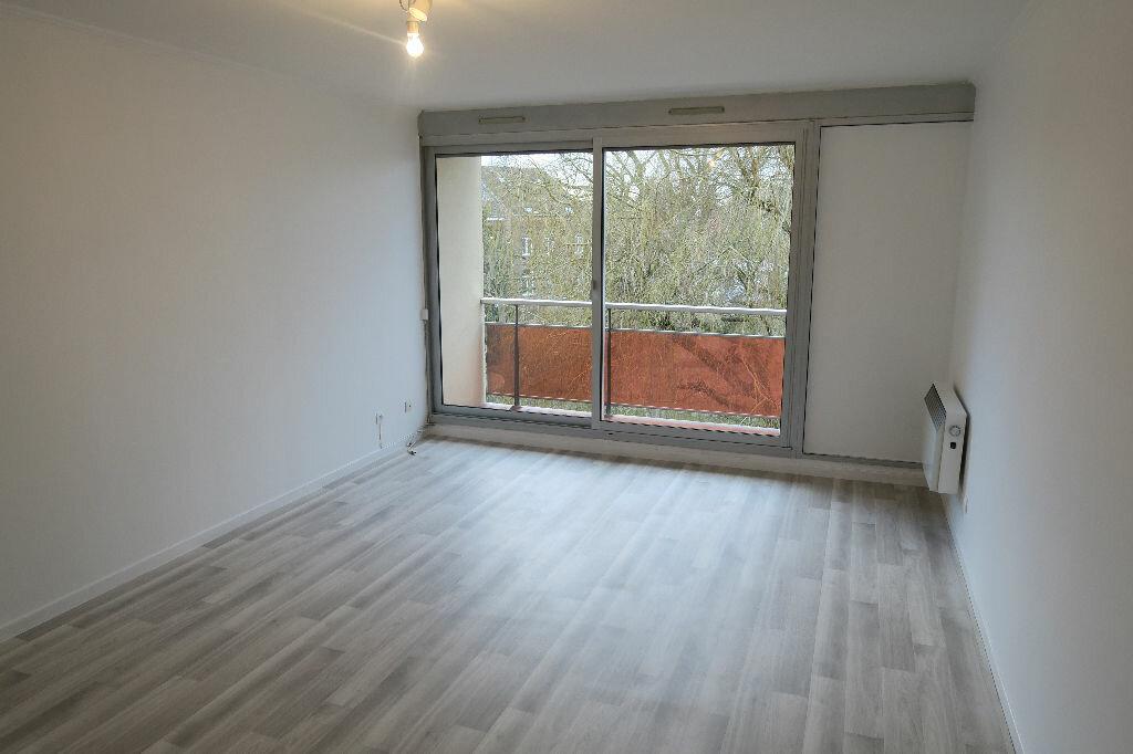 Appartement à louer 3 67m2 à Armentières vignette-1