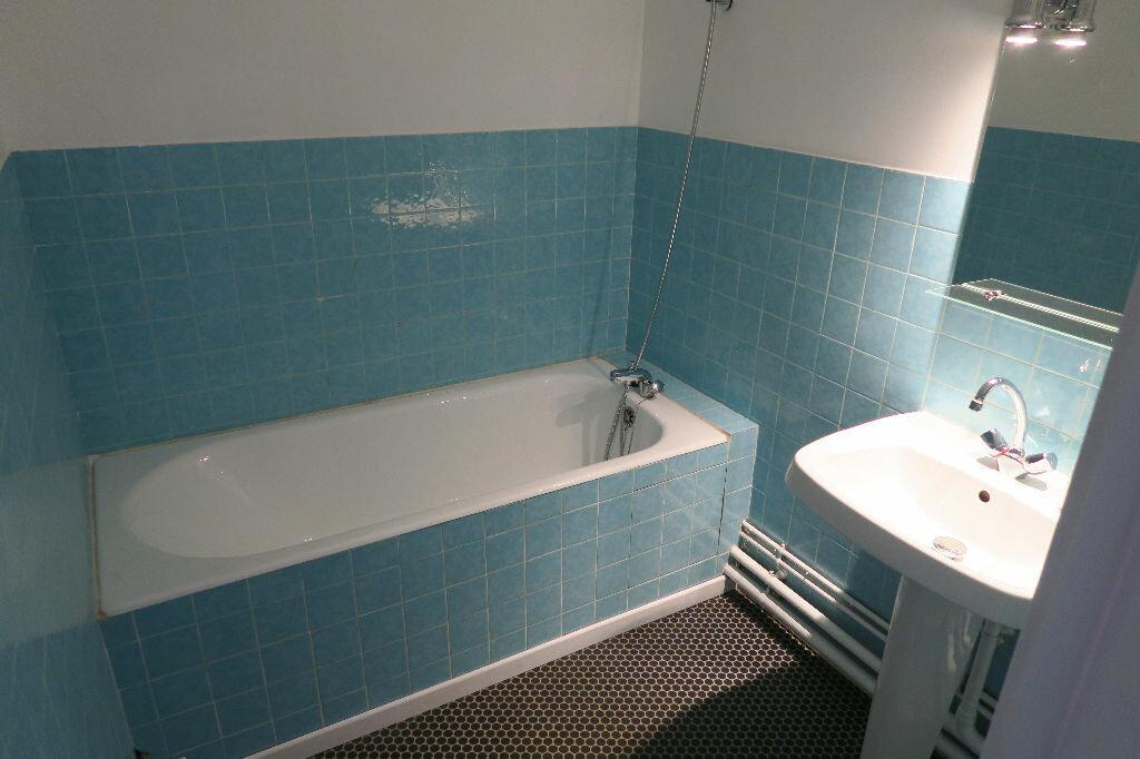 Appartement à louer 3 67m2 à Armentières vignette-6
