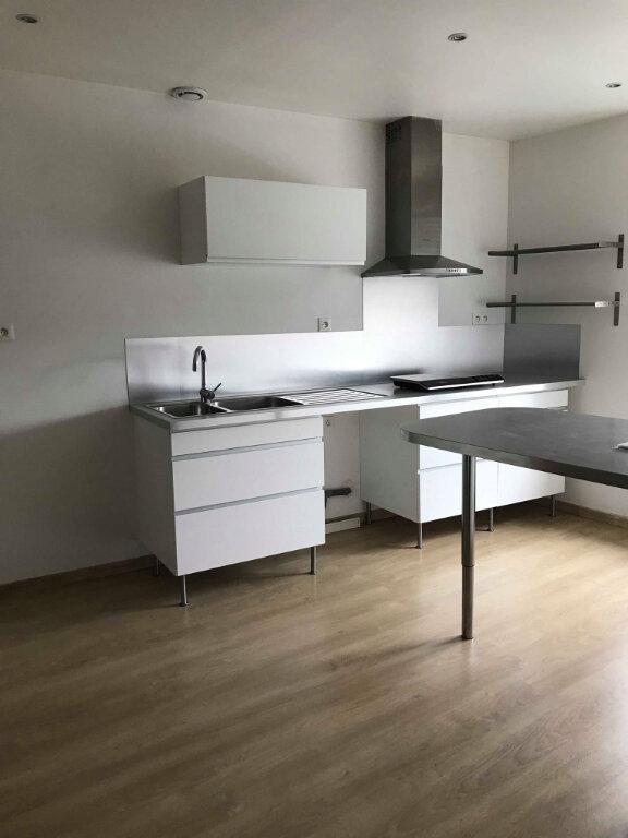 Appartement à louer 2 50m2 à Hazebrouck vignette-4
