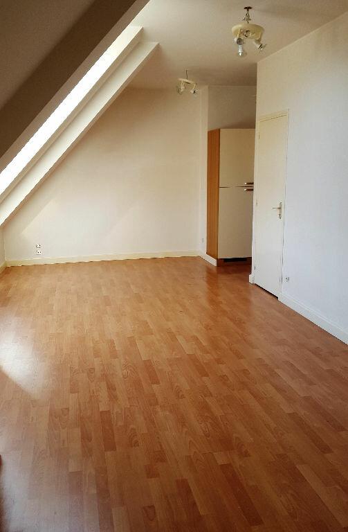 Appartement à louer 2 37.6m2 à Hazebrouck vignette-5