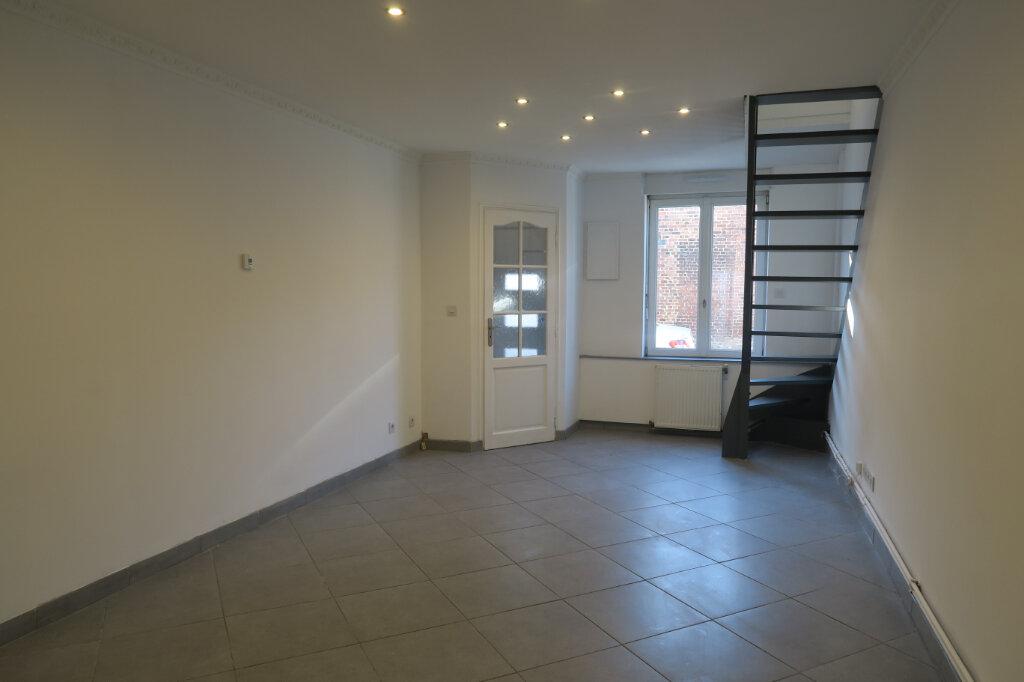 Maison à louer 4 64m2 à Armentières vignette-1