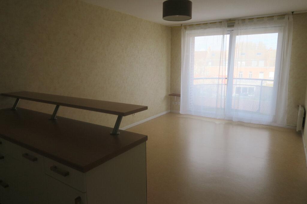 Appartement à louer 2 39m2 à La Chapelle-d'Armentières vignette-1