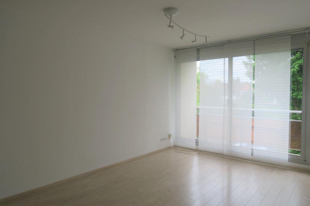 Appartement à louer 1 33m2 à Armentières vignette-2