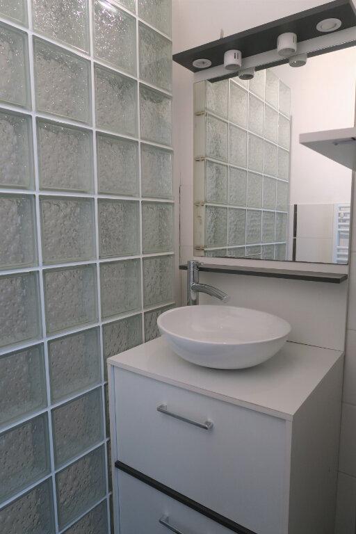 Appartement à louer 1 33m2 à Armentières vignette-5