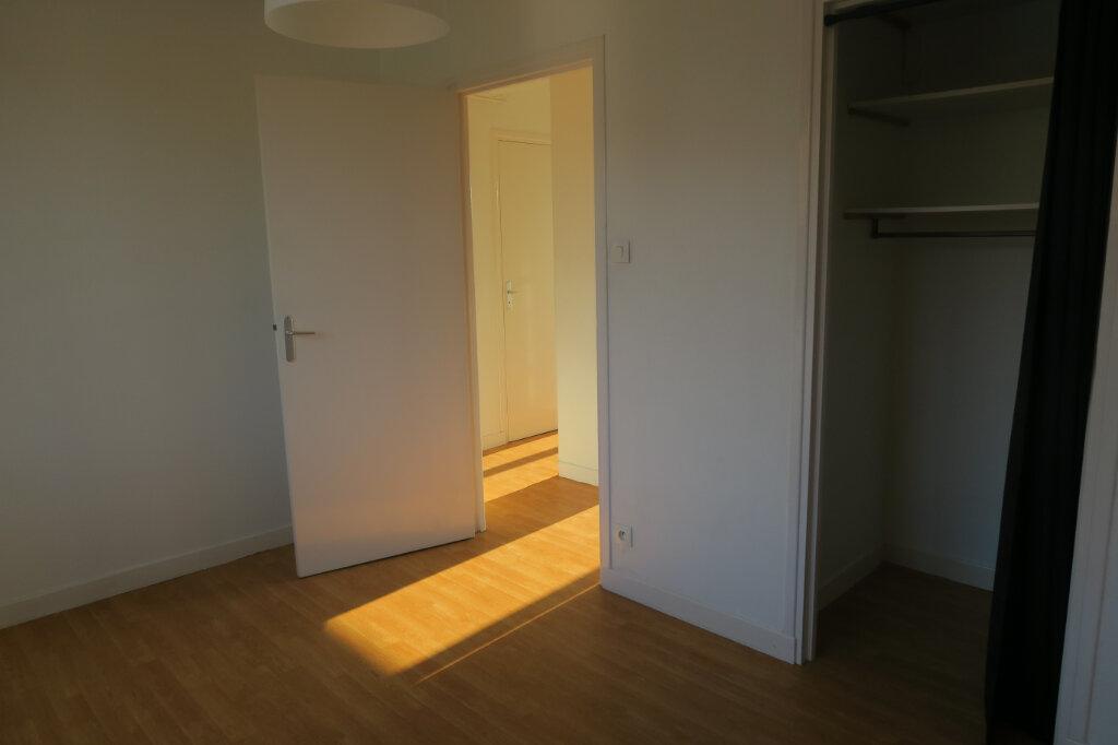 Appartement à louer 3 57m2 à Hazebrouck vignette-4