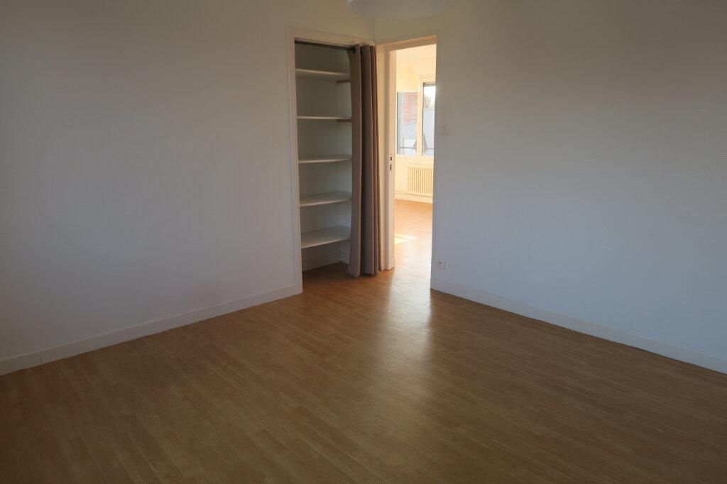 Appartement à louer 3 57m2 à Hazebrouck vignette-8