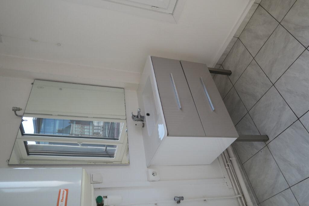 Appartement à louer 3 57m2 à Hazebrouck vignette-12