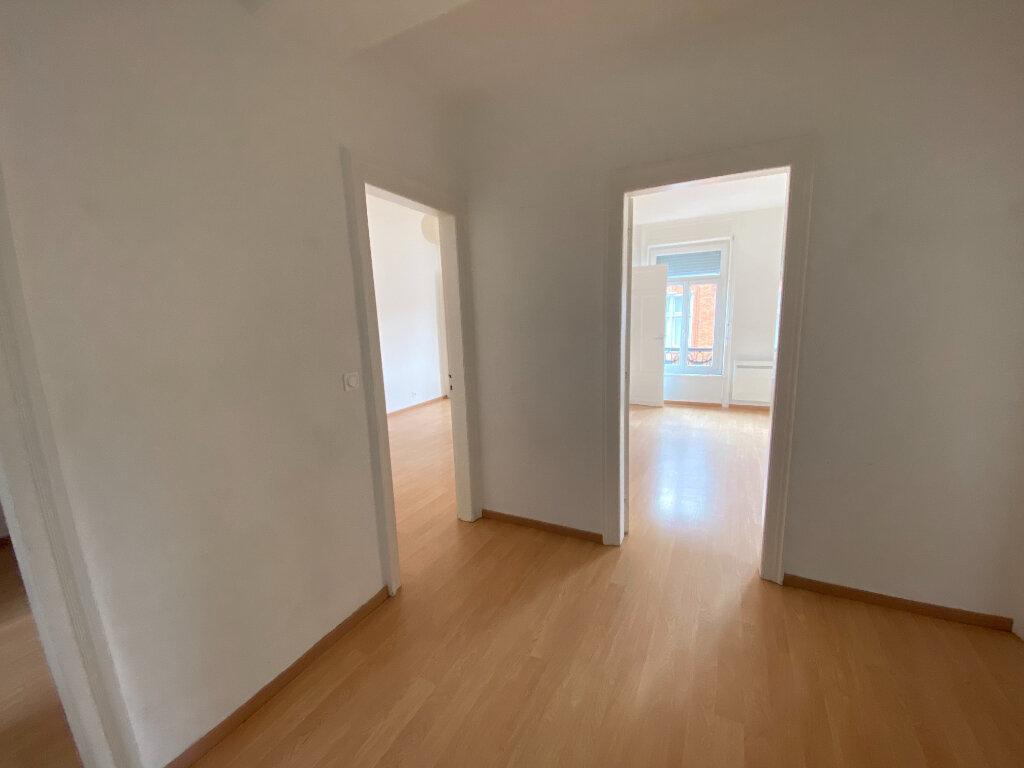 Appartement à louer 3 81m2 à Armentières vignette-6