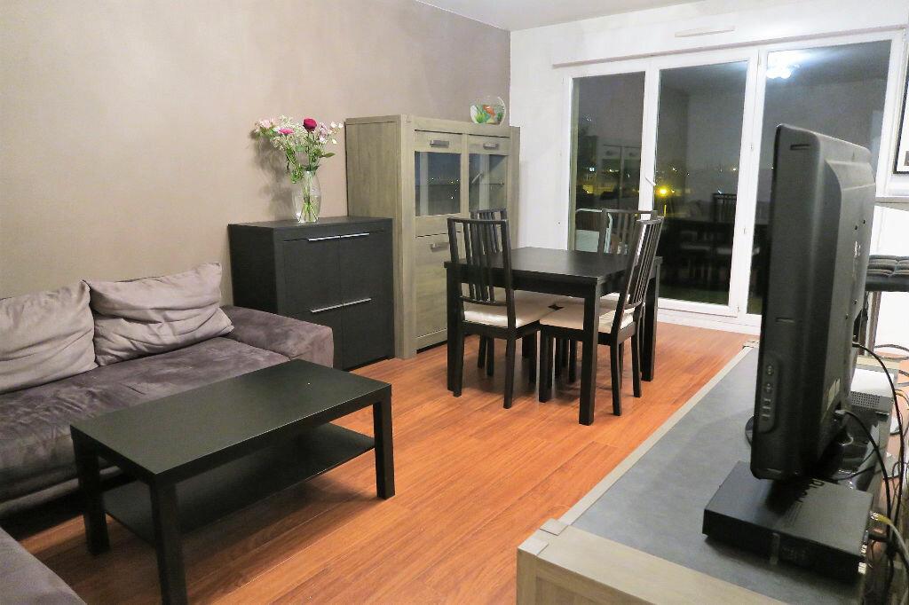 Appartement à louer 2 42m2 à Wattrelos vignette-2