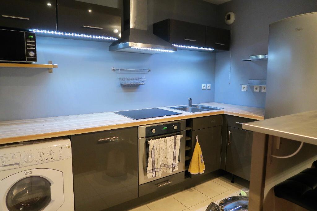 Appartement à louer 2 42m2 à Wattrelos vignette-3