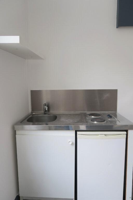 Appartement à louer 1 18m2 à Armentières vignette-2