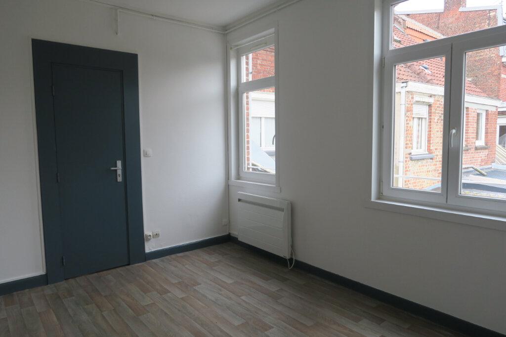 Appartement à louer 1 18m2 à Armentières vignette-3