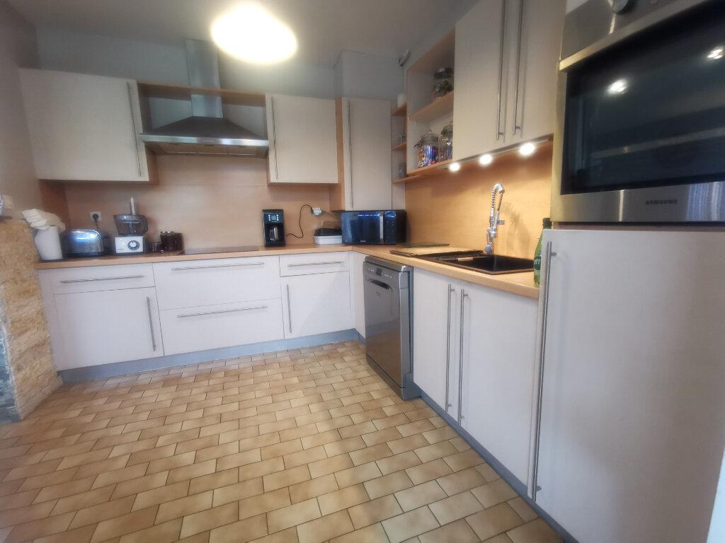 Maison à vendre 4 117m2 à Armentières vignette-3