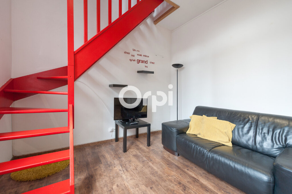 Appartement à louer 2 30m2 à Armentières vignette-2