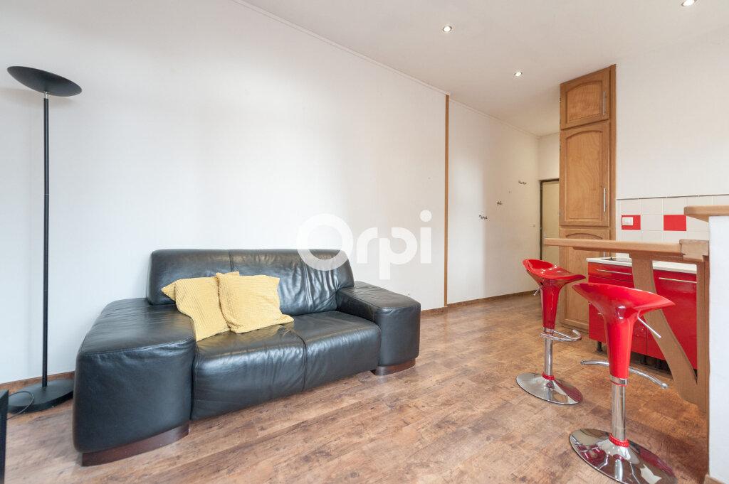Appartement à louer 2 30m2 à Armentières vignette-3
