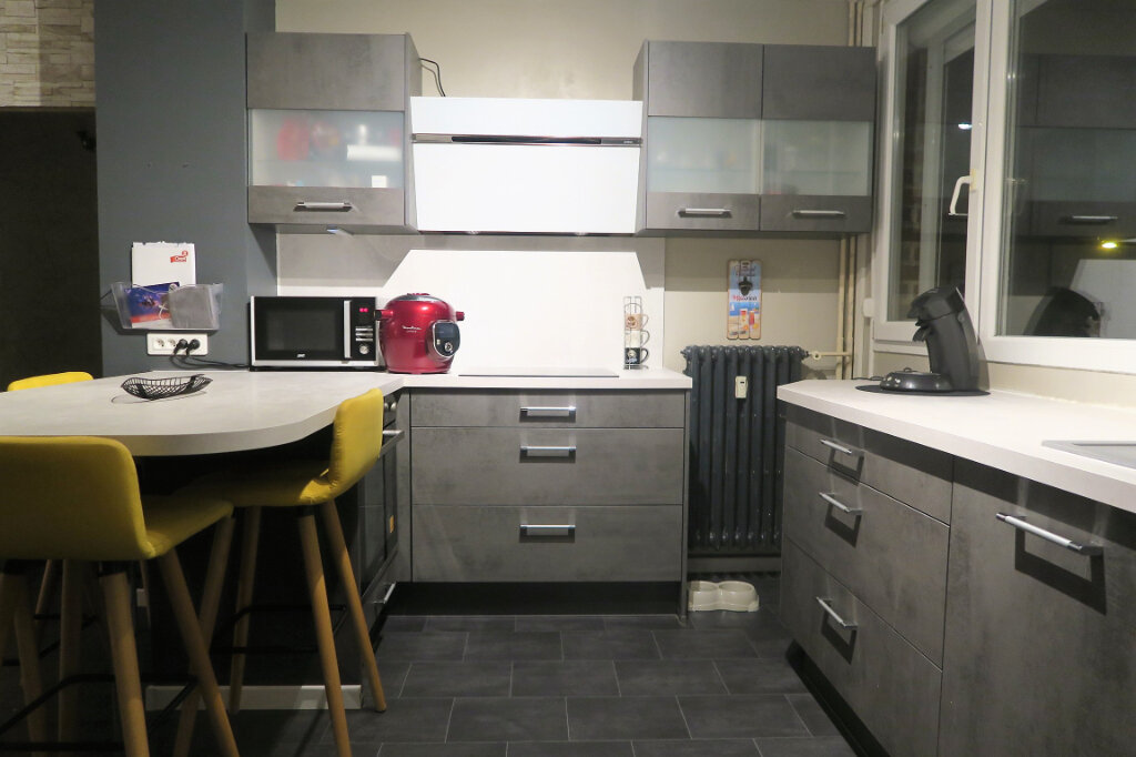 Appartement à louer 3 60m2 à Lys-lez-Lannoy vignette-3