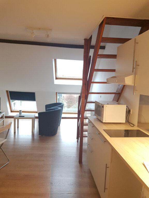 Appartement à louer 1 22.74m2 à Hazebrouck vignette-2