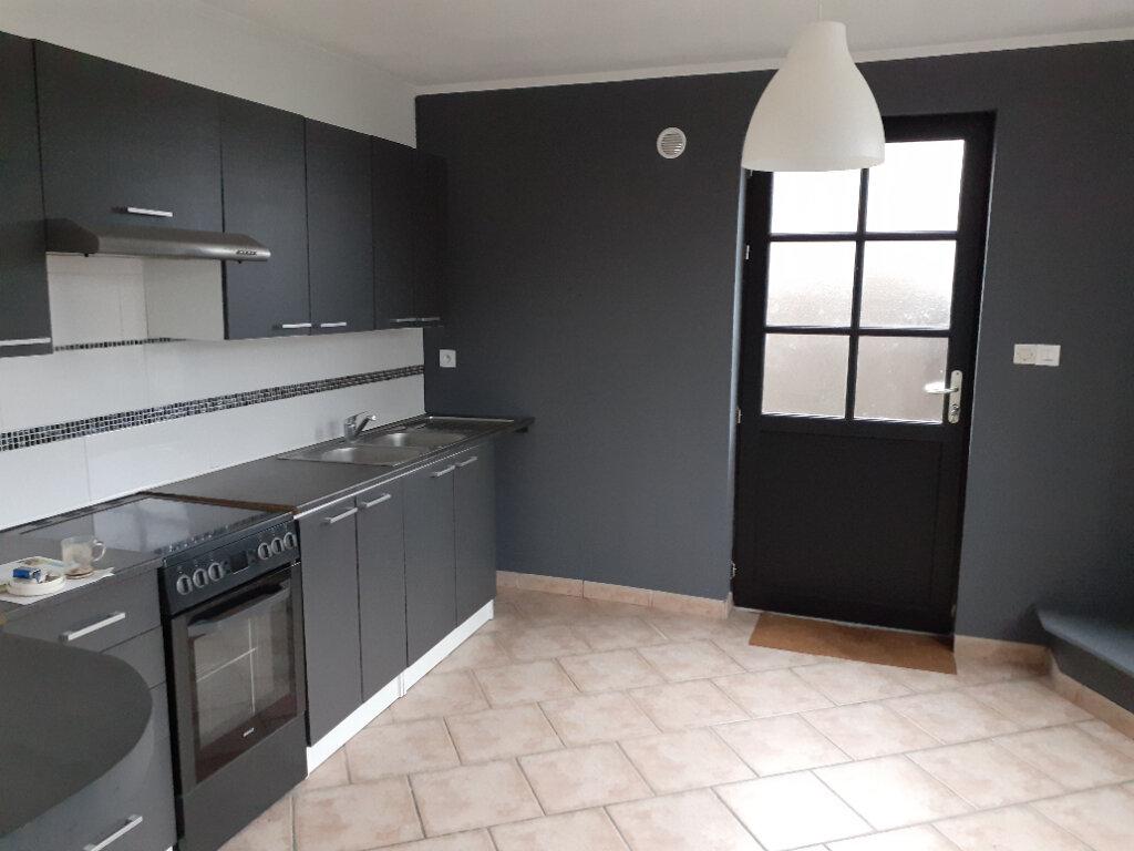 Appartement à vendre 3 79.75m2 à Quesnoy-sur-Deûle vignette-1