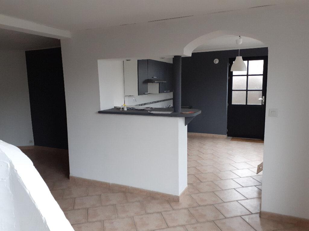 Appartement à vendre 3 79.75m2 à Quesnoy-sur-Deûle vignette-3