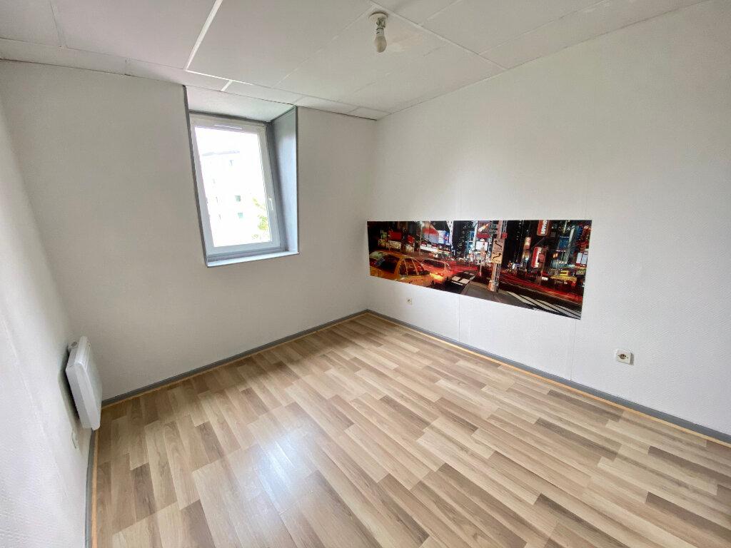 Appartement à louer 4 85m2 à Armentières vignette-3
