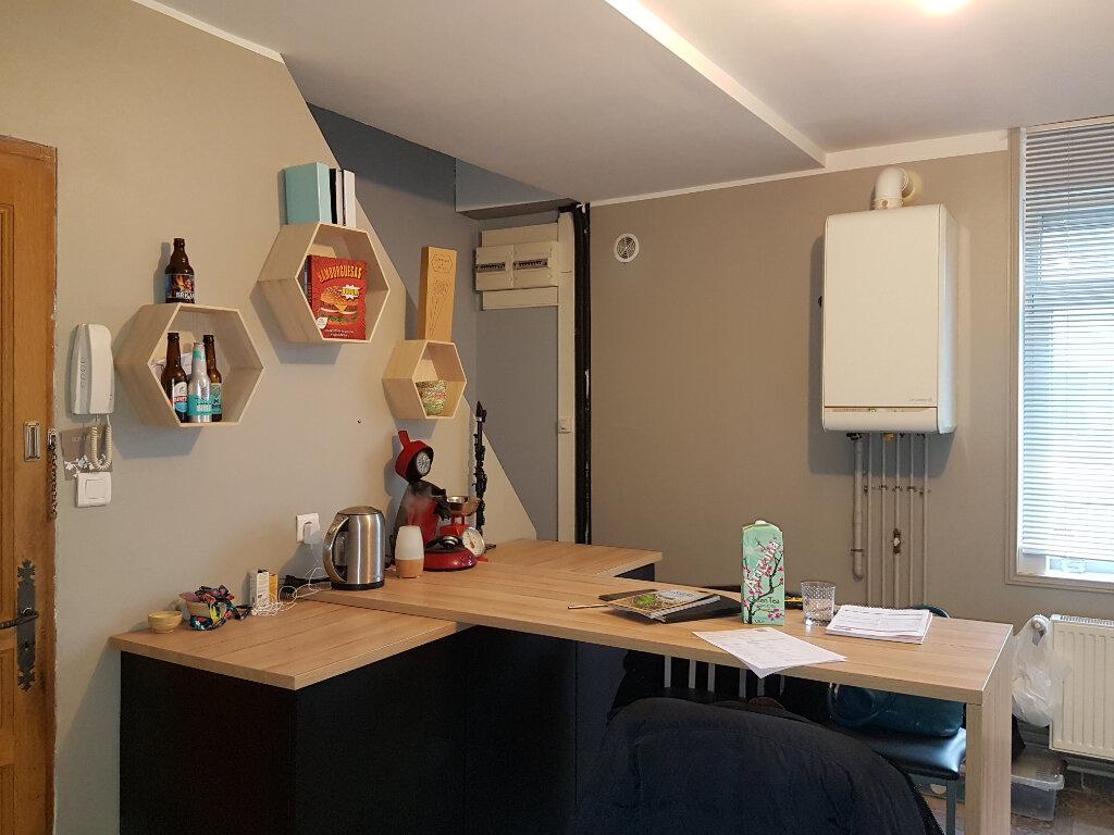 Appartement à louer 4 81m2 à Hazebrouck vignette-5