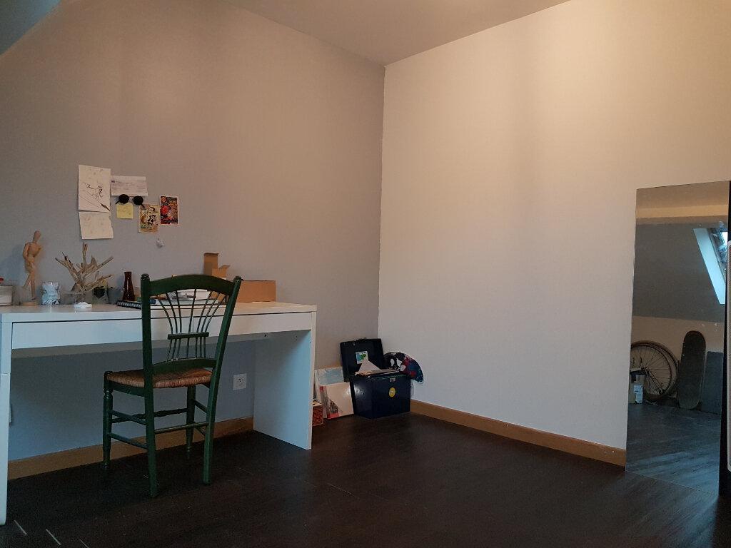 Appartement à louer 4 81m2 à Hazebrouck vignette-9