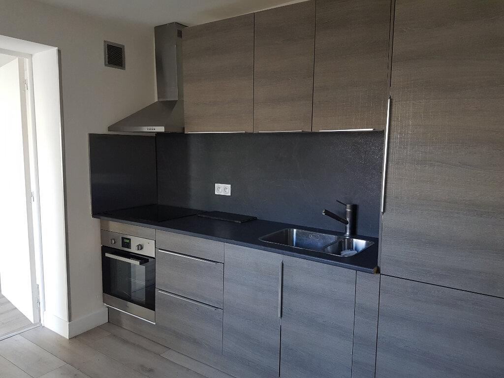 Appartement à louer 4 62m2 à Lillers vignette-1