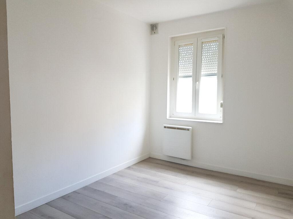 Appartement à louer 4 62m2 à Lillers vignette-6