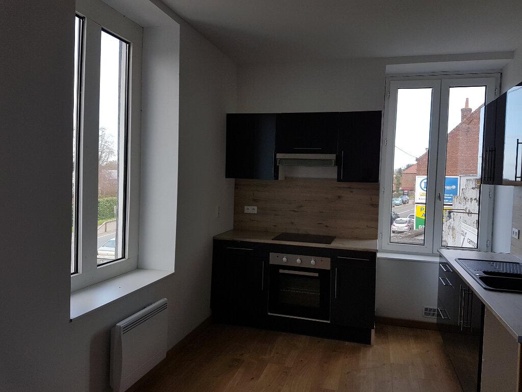 Appartement à louer 4 85m2 à Aire-sur-la-Lys vignette-1