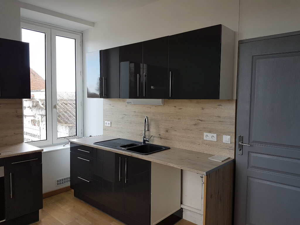 Appartement à louer 4 85m2 à Aire-sur-la-Lys vignette-2