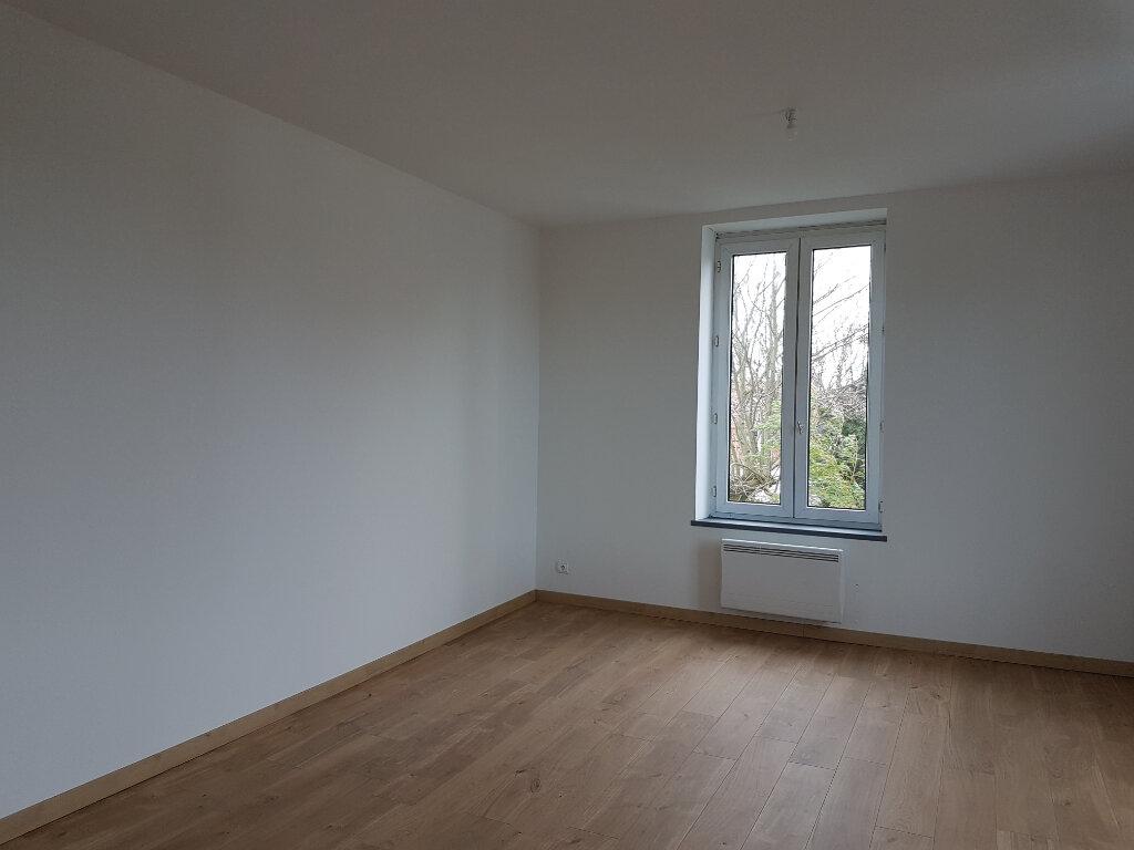 Appartement à louer 4 85m2 à Aire-sur-la-Lys vignette-3