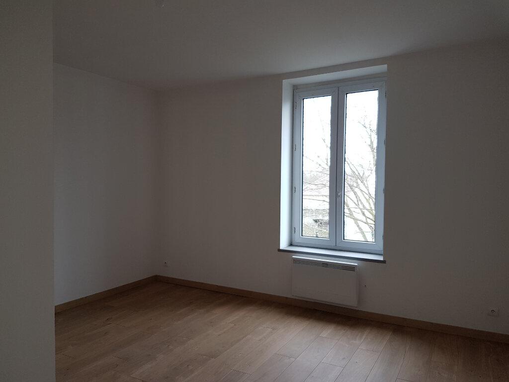 Appartement à louer 4 85m2 à Aire-sur-la-Lys vignette-4